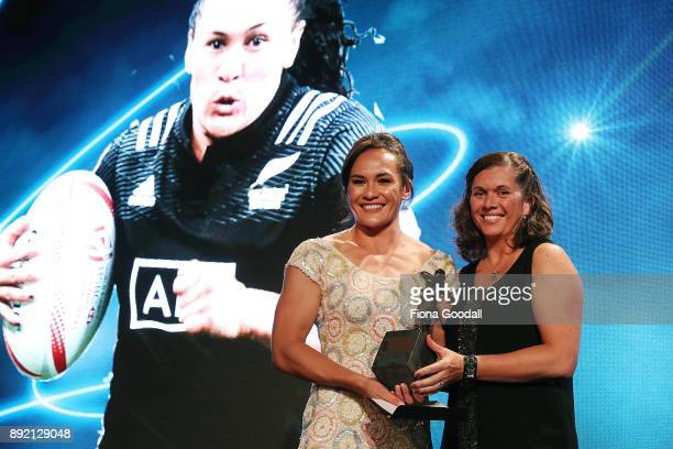 Portia Woodman receives the Sky TV Fan's Try of the Year from Tammi Wilson Uluinayau during the ASB Rugby Awards 2018 at Sky City on December 14 2017...
