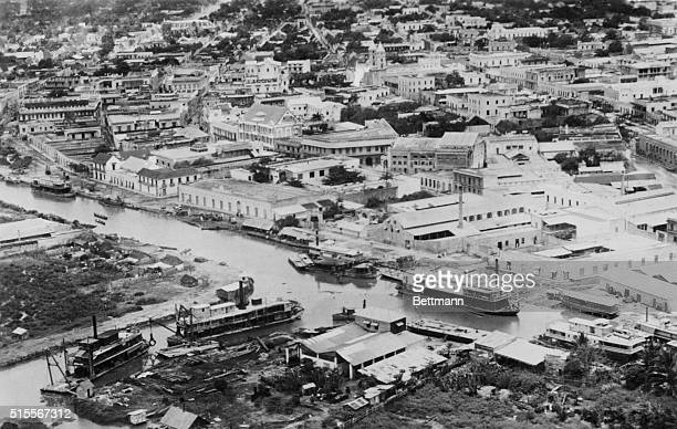 A portion of BarranquillaColombia as it appeared to the US Army Pan American Flyers The type of steamers used in navigating the Magdalena River may...