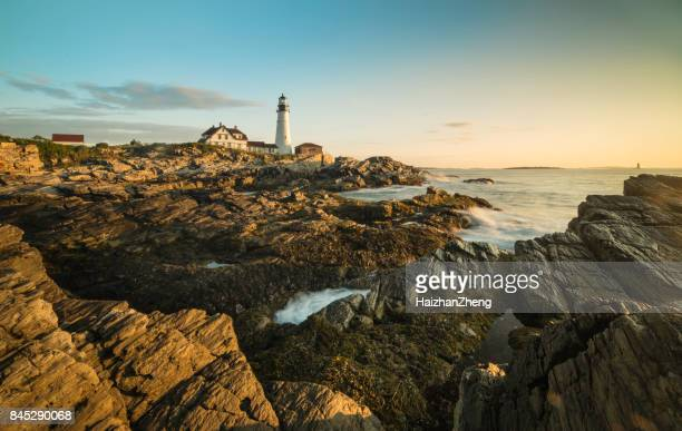 portland head lighthouse, maine, usa at sunrise - maine stock pictures, royalty-free photos & images