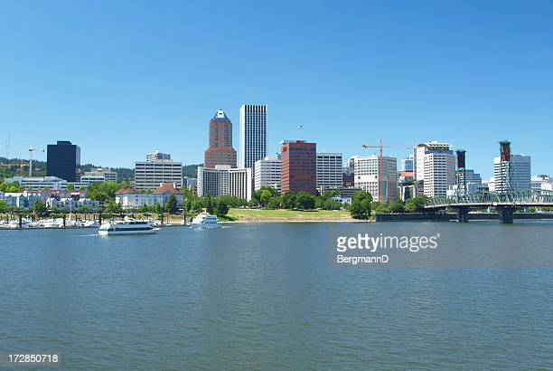 portland skyline - willamette river stock photos and pictures