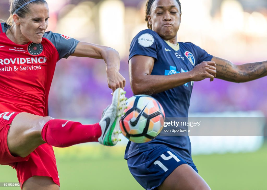 SOCCER: OCT 14 NWSL Championship - North Carolina Courage v Portland Thorns : News Photo