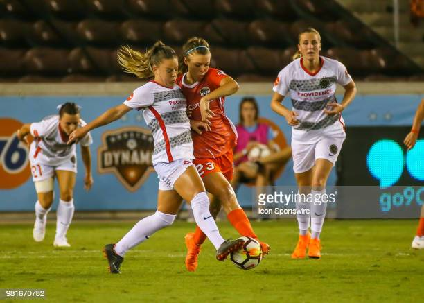 Portland Thorns FC midfielder Andressinha and Houston Dash defender Sofia Huerta fight for ball during the soccer match between the Portland Thorns...