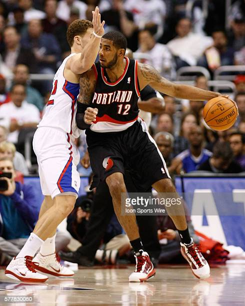 Portland Trail Blazers power forward LaMarcus Aldridge backs down Los Angeles Clippers power forward Blake Griffin at the Staples Center on October...