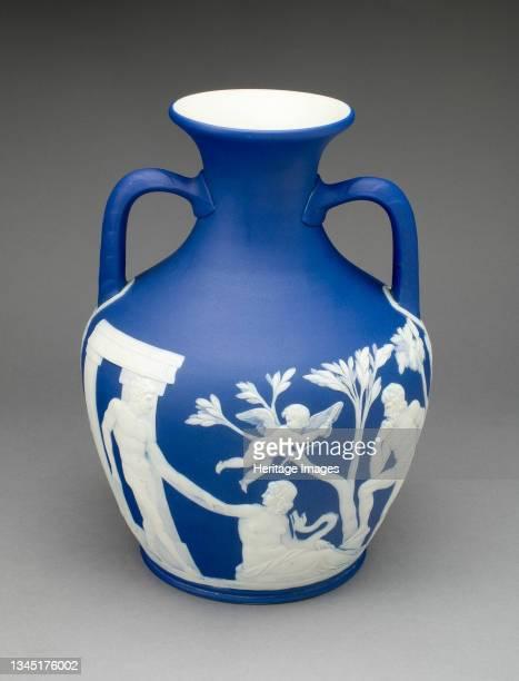 Portland Vase, Burslem, 1860/80. Artist Wedgwood.