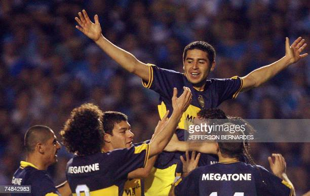 Juan Roman Riquelme of Argentina's Boca juniors celebrates his goal against Brazil's Gremio 20 June 2007 during the final match of Libertadores Cup...