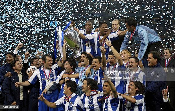 Porto celebrate winning the UEFA Champions League Final match between AS Monaco and FC Porto at the AufSchake Arena on May 26 2004 in Gelsenkirchen...
