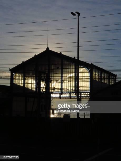 portão de entrada do porto de porto alegre - porto alegre stock pictures, royalty-free photos & images