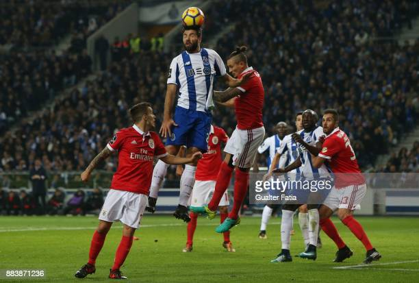 Porto defender Felipe from Brazil in action during the Primeira Liga match between FC Porto and SL Benfica at Estadio do Dragao on December 1 2017 in...
