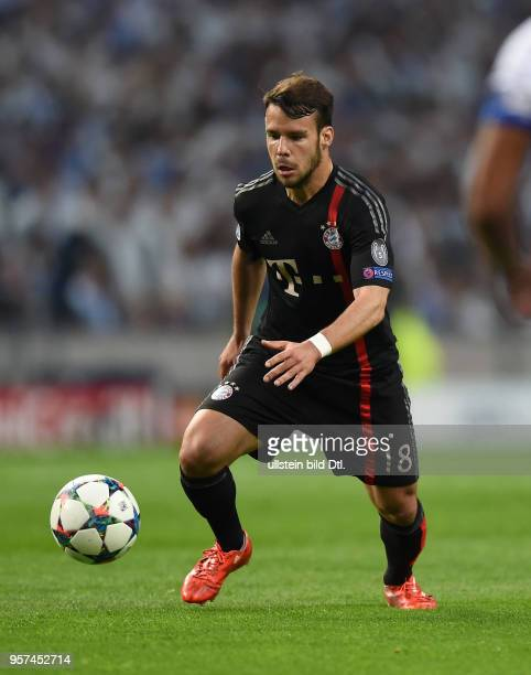 Porto FC Bayern Muenchen Juan Bernat am Ball