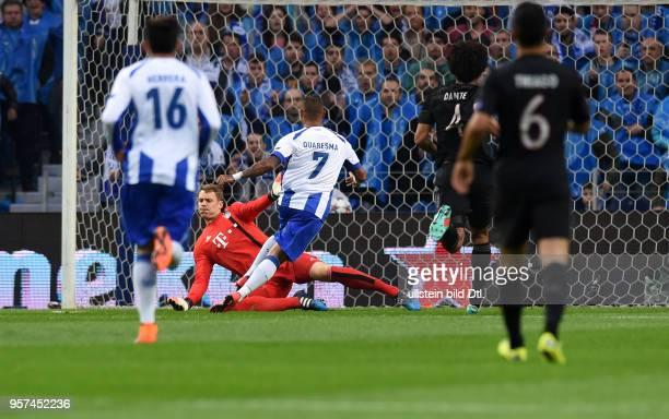 Porto FC Bayern Muenchen Ricardo Quaresma erzielt gegen Torwart Manuel Neuer das Tor zum 20