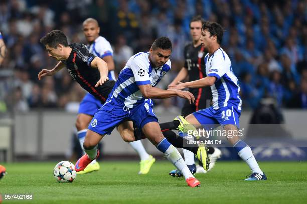 Porto FC Bayern Muenchen Robert Lewandowski gegen Casemiro und Juan Quintero