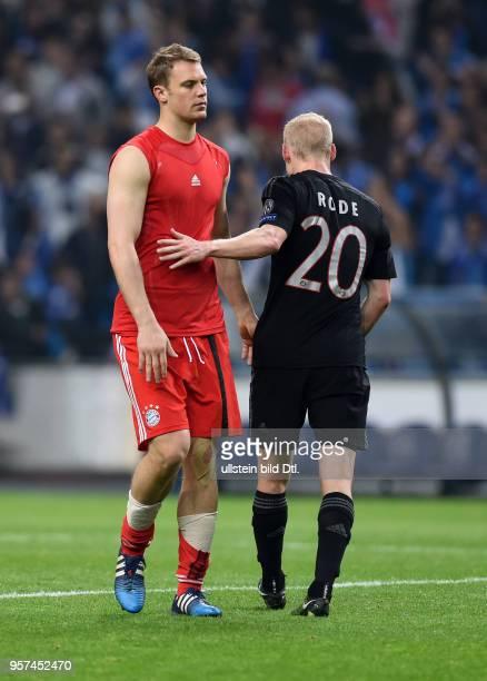 Porto FC Bayern Muenchen Torwart Manuel Neuer und Sebastian Rode sind nach dem Abpfiff enttaeuscht