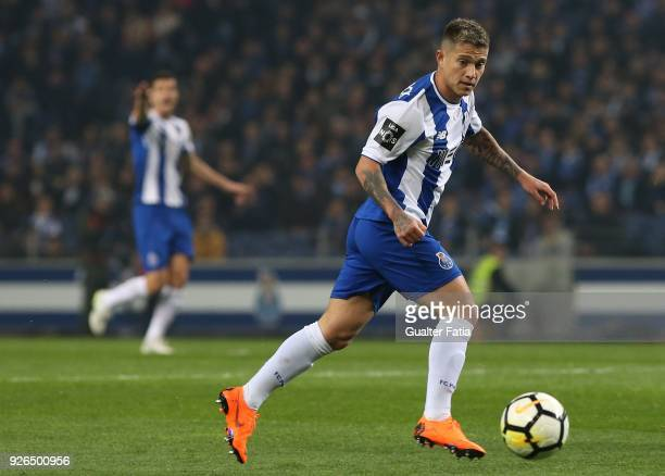 Porto forward Otavio from Brazil in action during the Primeira Liga match between FC Porto and Sporting CP at Estadio do Dragao on March 2 2018 in...