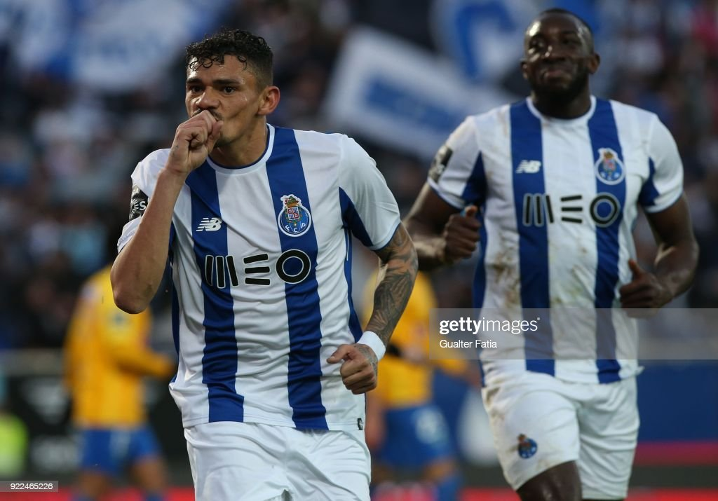 FC Porto forward Tiquinho Soares from Brazil celebrates after scoring a goal during the Primeira Liga match between GD Estoril Praia and FC Porto at Estadio Antonio Coimbra da Mota on February 21, 2018 in Estoril, Portugal.