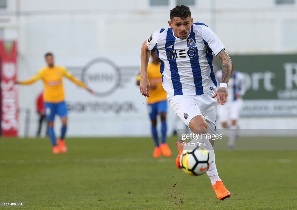 GD Estoril Praia v FC Porto - Primeira Liga : Photo d'actualité