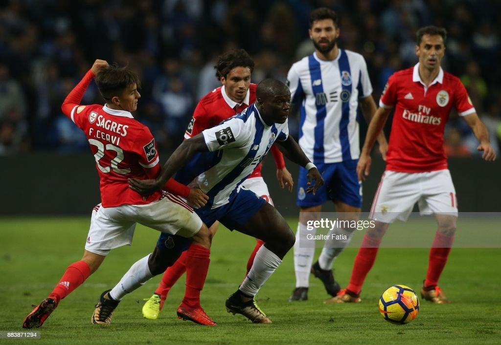 FC Porto v SL Benfica - Primeira Liga : Photo d'actualité