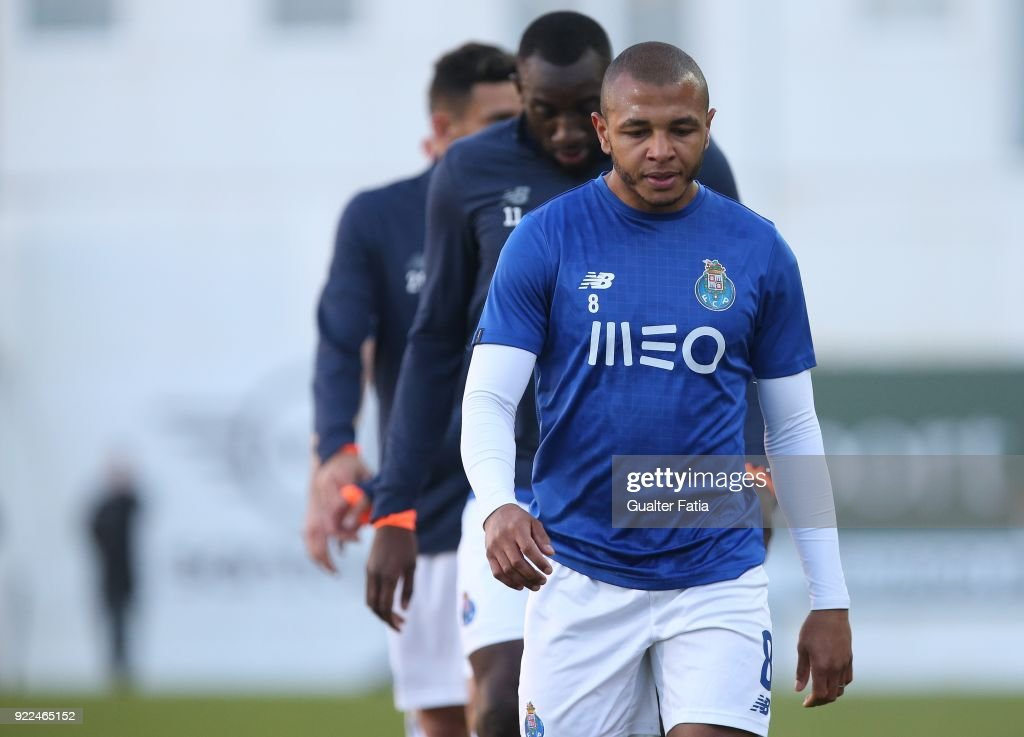GD Estoril Praia v FC Porto - Primeira Liga : News Photo