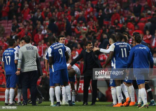 Porto head coach Sergio Conceicao from Portugal talks to players at the end of the Primeira Liga match between SL Benfica and FC Porto at Estadio da...