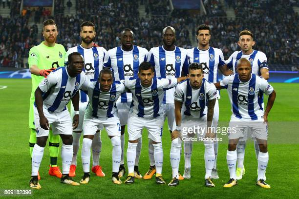 Porto initial team during the match between FC Porto v RB Leipzig or the UEFA Champions League match at Estadio do Dragao on November 01 2017 in...