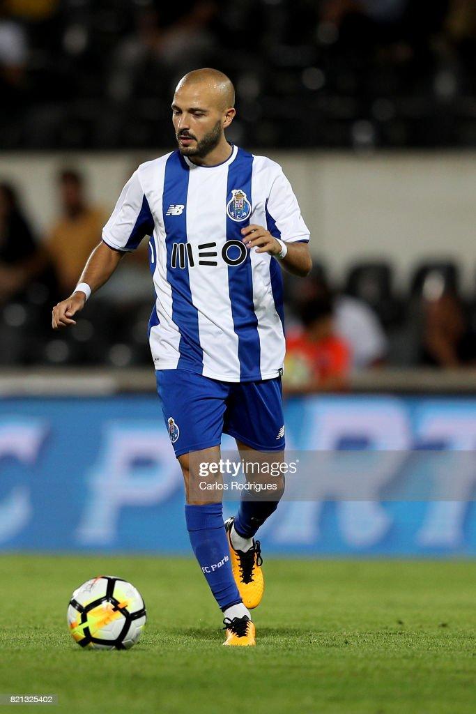 Vitoria Guimaraes v FC Porto - Pre-Season Friendly