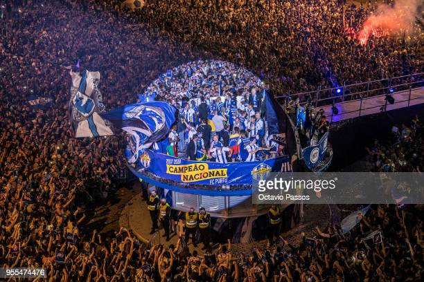 Porto players and coaching staff celebrate winning the title after the Primeira Liga match between FC Porto and Feirense at Estadio do Dragao on May...