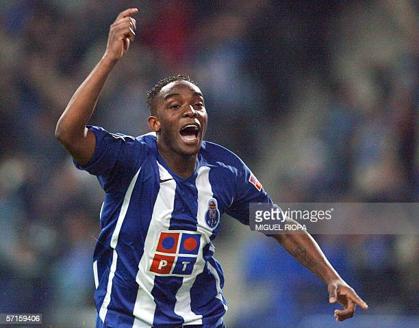 FC Porto's South African Benny McCarthy celebrates after scoring against Sporting CP during their Portuguese Cup semifinal football match at Dragao...