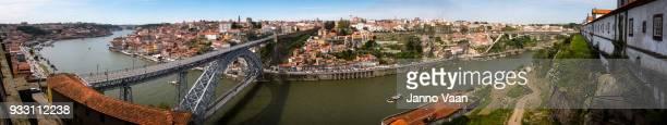 porto portugal en el río duero - porto fotografías e imágenes de stock