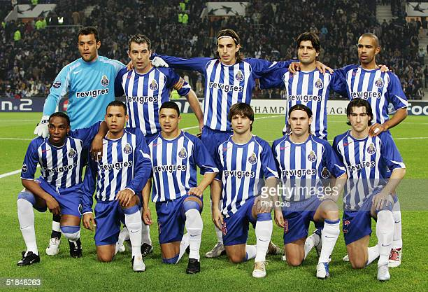 Porto team line up prior to the Champions League Group H match between FC Porto and Chelsea at the Estadio Do Dragao on December 7 2004 in Porto...