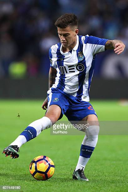 Porto's Brazilian midfielder Otavio in action during the Premier League 2016/17 match between FC Porto and SC Braga at Dragao Stadium in Porto on...
