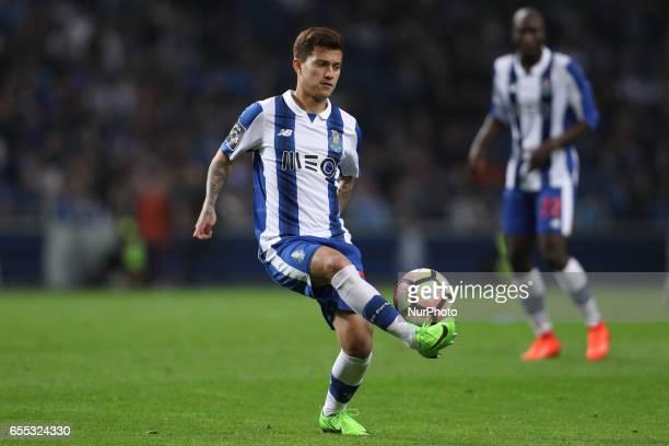 Porto's Brazilian midfielder Otavio in action during the Premier League 2016/17 match between FC Porto and Vitoria Setubal at Dragao Stadium in Porto...