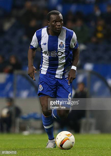 Porto's cameroon forward Vincent Aboubakar in action during the UEFA Europa League Round of 32 Second Leg match between FC Porto and Borussia...