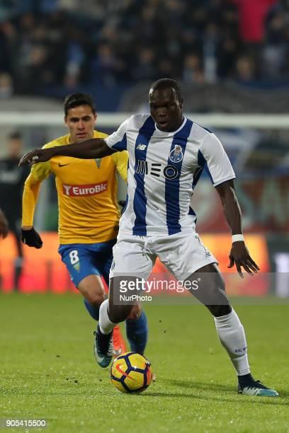 Porto's Cameroonian forward Vincent Aboubakar vies with Estorils Brazilian midfielder Eduardo Teixeira during the Portuguese League football match...
