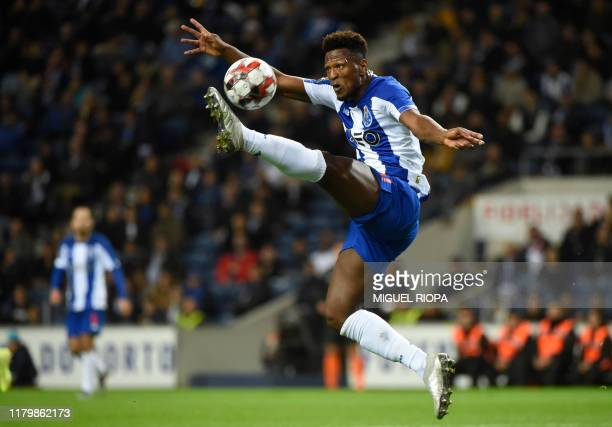 FC Porto's Cape Verdean forward Ze Luis controls the ball during the Portuguese League football match between FC Porto and CD Aves on at the Dragao...