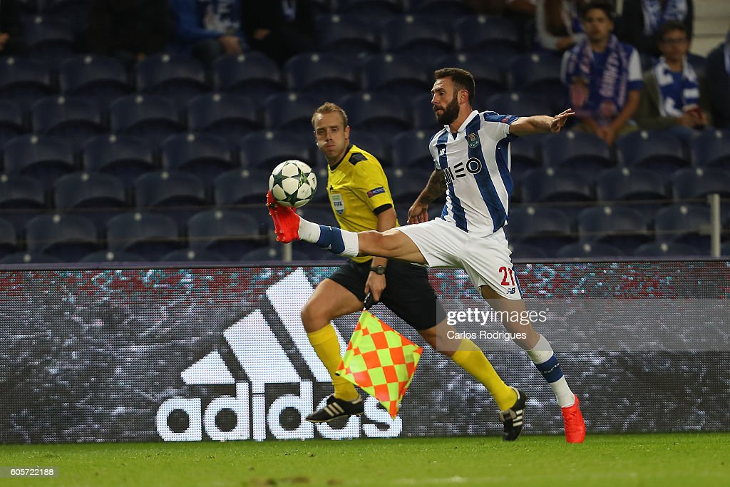 FC Porto's defender from Mexico Miguel Layun controls the ball during the UEFA Champions League match between FC Porto v FC Copenhagen at Estadio do Dragao on September 14, 2016 in Lisbon, Portugal.