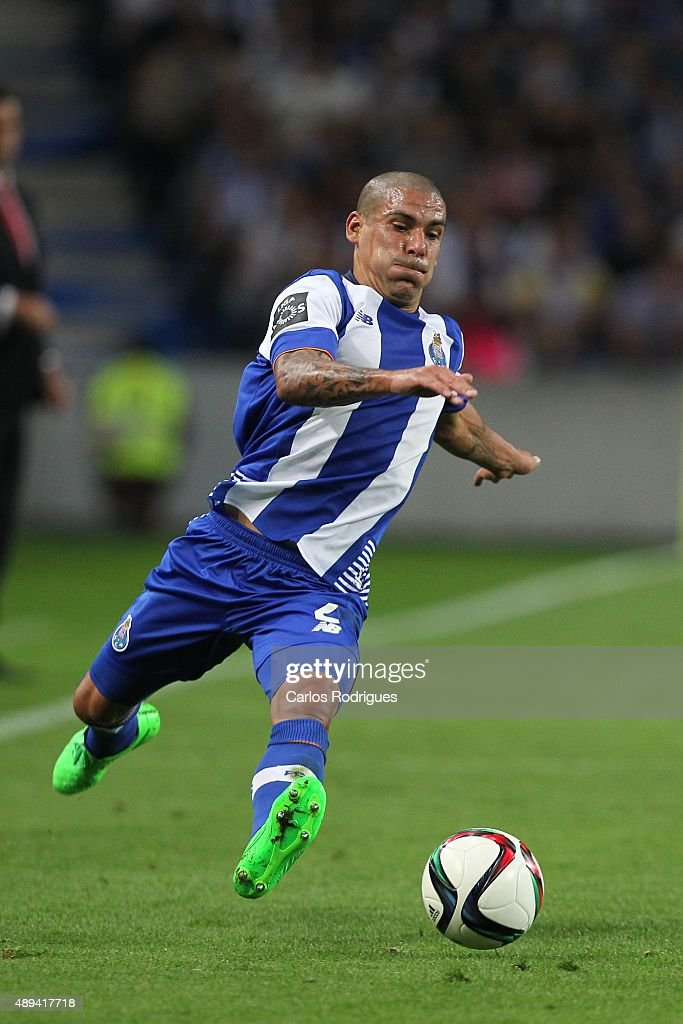 Porto's defender Maxi Pereira during the match between FC Porto and SL Benfica for the Portuguese Primeira Liga at Estadio do Dragao on September 20, 2015 in Porto, Portugal.
