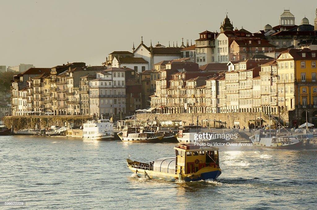 Porto's downtown and harbor (Ribeira) : Foto de stock