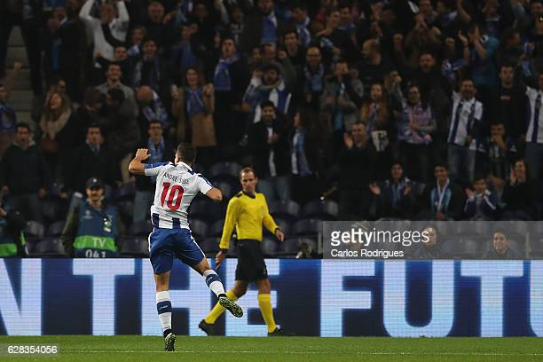 Porto's forward Andre Silva from Portugal celebrates scoring Porto first goal during the match between FC Porto v Leicester City FC UEFA Champions...