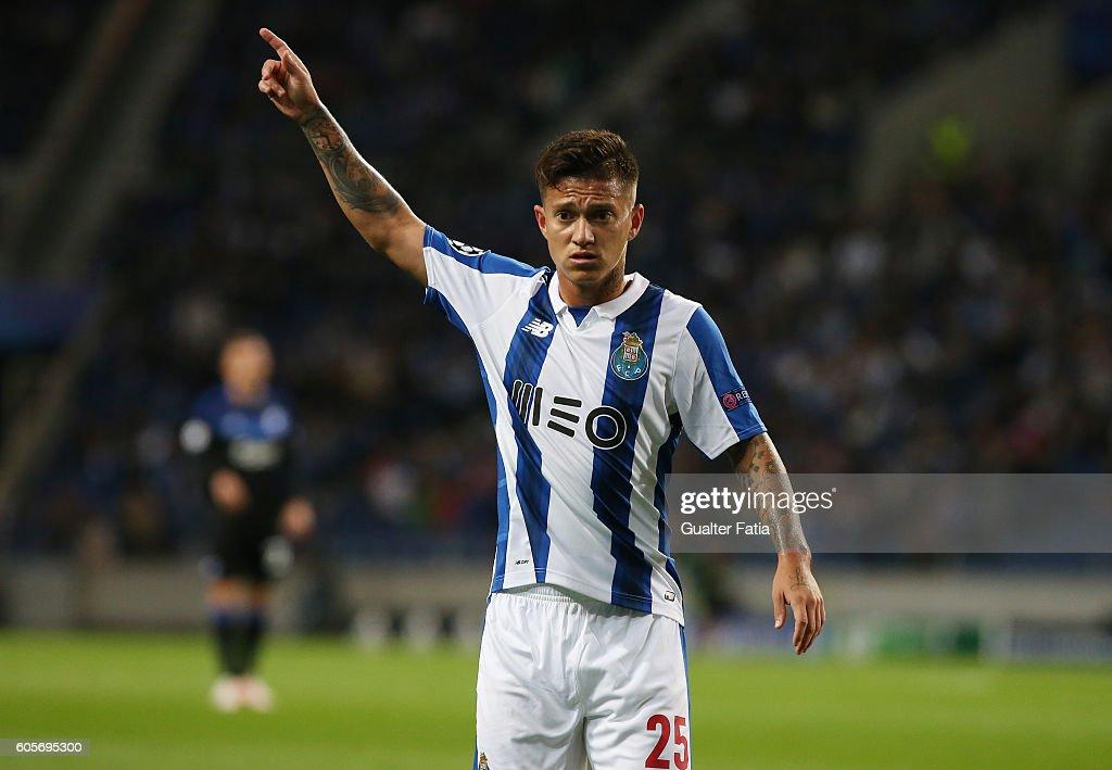 FC Porto v FC Copenhagen - UEFA Champions League : ニュース写真
