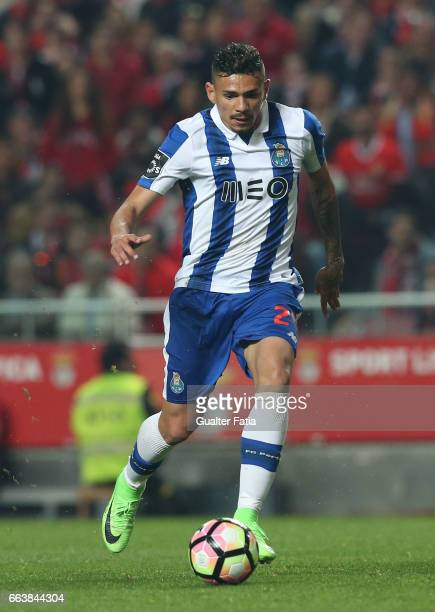 Porto's forward from Brazil Soares in action during the Primeira Liga match between SL Benfica and FC Porto at Estadio da Luz on April 1 2017 in...