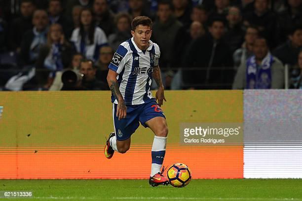 PortoÕs forward Otavio from Brazil during the FC Porto v SL Benfica Primeira Liga match at Estadio do Dragao on November 06 2016 in Porto Portugal
