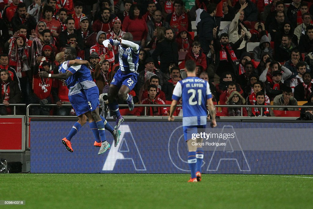 Porto's forward Vincent Aboubakar celebrates scoring Porto's second goal with his team mates during the match between SL Benfica and FC Porto for the portuguese Primeira Liga at Estadio da Luz on February 12, 2016 in Lisbon, Portugal.