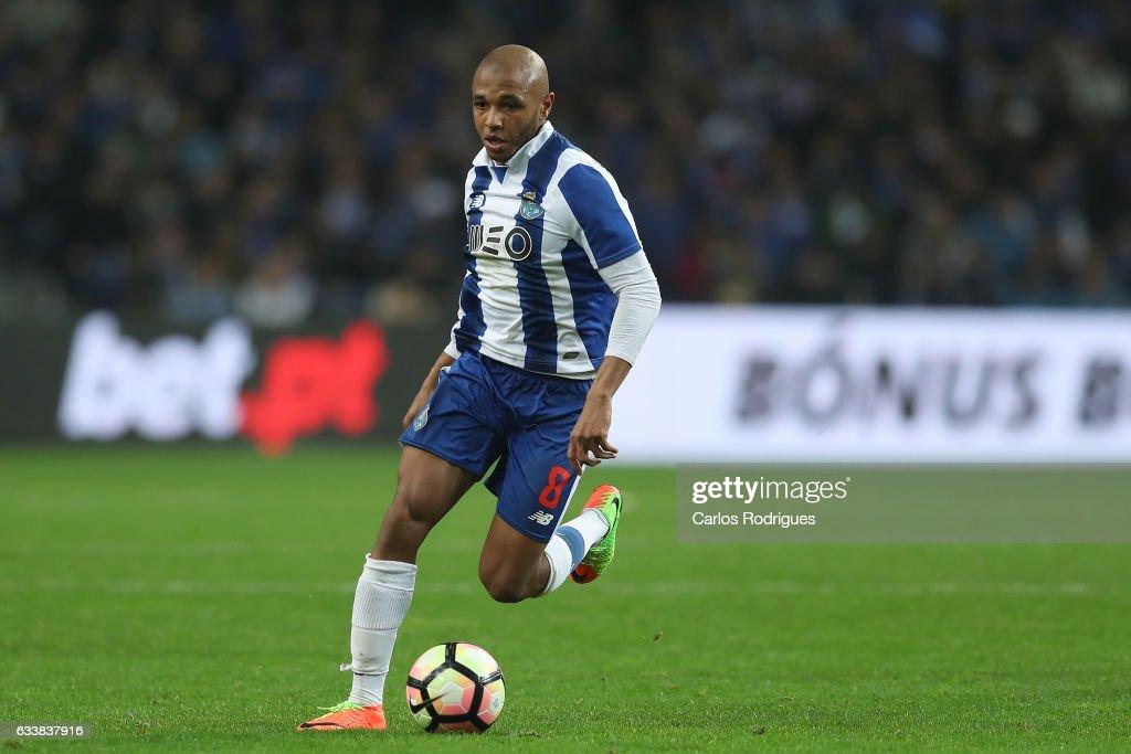 FC Porto v Sporting CP - Primeira Liga : News Photo
