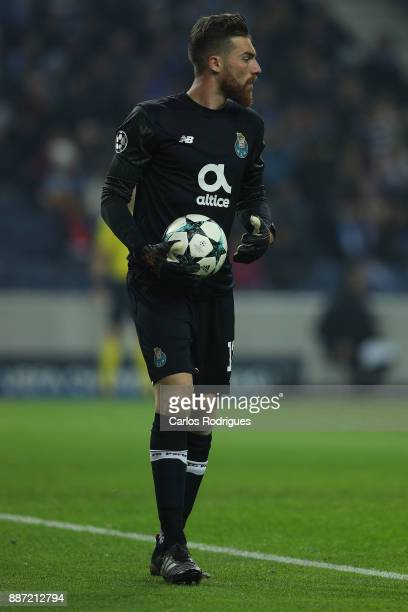 Porto's goalkeeper Jose Sa from Portugal during the match between FC Porto v AS Monaco or the UEFA Champions League match at Estadio do Dragao on...