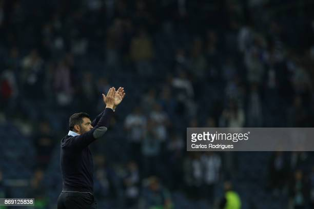 Porto's head coach Sergio Conceicao from Portugal thanks the supporters ate the end of the match between FC Porto v RB Leipzig or the UEFA Champions...