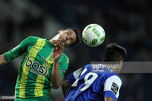 Porto's Korean forward Suk vies with td during the Premier League 2015/16 match between FC Porto and CD Tondela at Dragão Stadium in Porto on April 4...