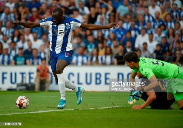 FC Porto's Malian forward Moussa Marega controls the ball and scores during the Portuguese League football match between Porto and Vitoria Guimaraes...
