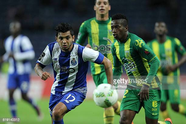 Porto's Mexican forward Jesús Corona in action with CD Tondela's Gabon defender Junior Otoo during the Premier League 2015/16 match between FC Porto...
