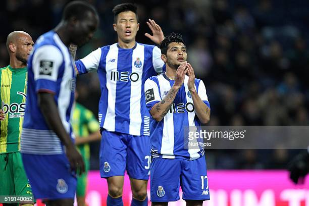 Porto's Mexican forward Jesús Corona reacts after missing a goal during the Premier League 2015/16 match between FC Porto and CD Tondela at Dragão...