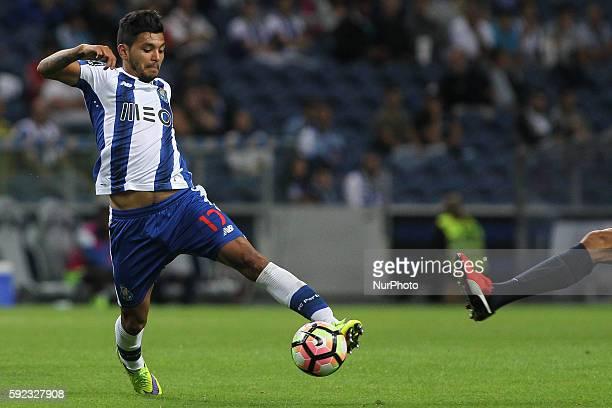Porto's Mexican forward Jesus Corona controles the ball during the Premier League 2016/17 match between FC Porto v Estoril at Dragao Stadium in Porto...