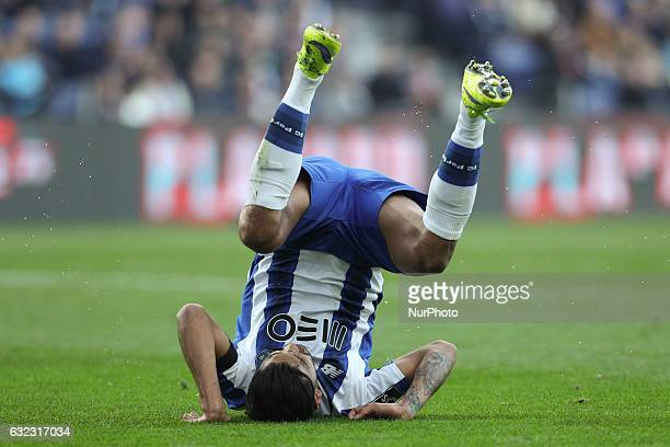Porto's Mexican forward Jesus Corona in action during the Premier League 2016/17 match between FC Porto and Rio Ave at Dragao Stadium in Porto on...